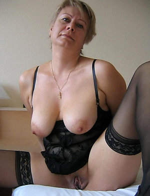Inexperienced older women with big boobs