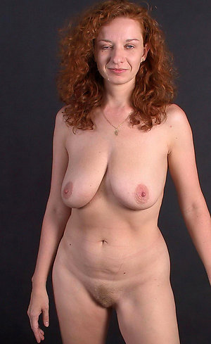 First-timer hot sexy older women pics