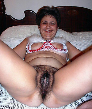 Free mature women naked pics