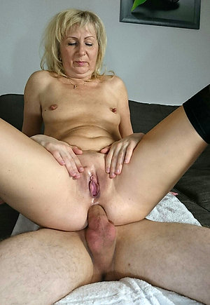 Horny older women having amateur sex