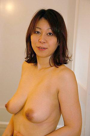Magnificent pretty asian ladies pics