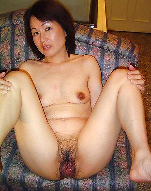 Free old asian milf pics