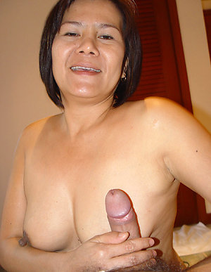 Realhot old asian women