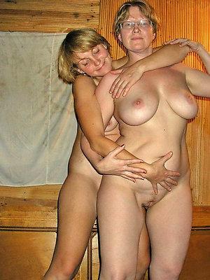 Amateur pics of mature lesbian seduction