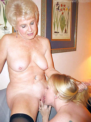 Naked hot mature lesbian kissing