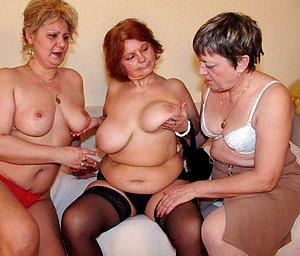 Xxx mature lesbian porn pics