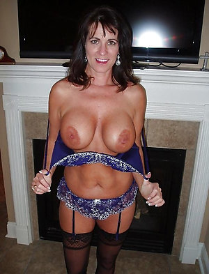 Pretty hot mature women in lingerie