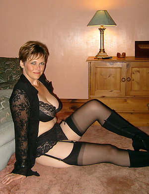 Free pics of erotic old lady lingerie