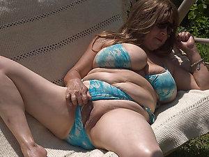 Sweet mature mom lingerie sex pics