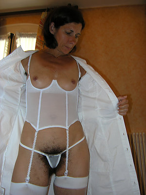 Naughty older amateur wife in lingerie
