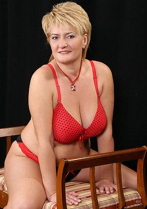 Xxx hot milfs in lingerie gallery