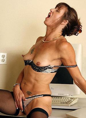 Xxx wife caught masturbating gallery