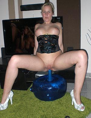 Xxx watching wife masturbate pictures