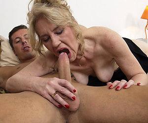 Amateur pics of mature mom sex