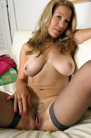 Homemade private free mom porn pics