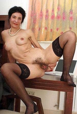 Amateur pics of amateur hot moms milf