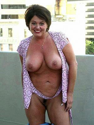Free porn pics of mature hot mom
