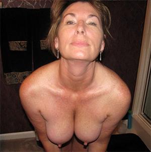 Real huge nipples mature porn photos
