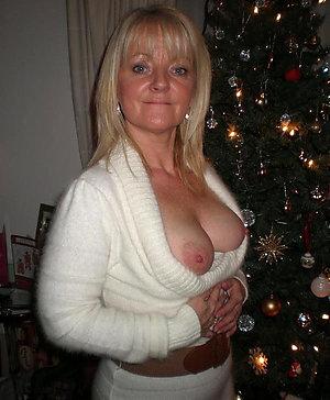Porn pics of amateur old ladies nipples