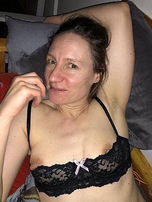 Best Eliska milf with hard nipples
