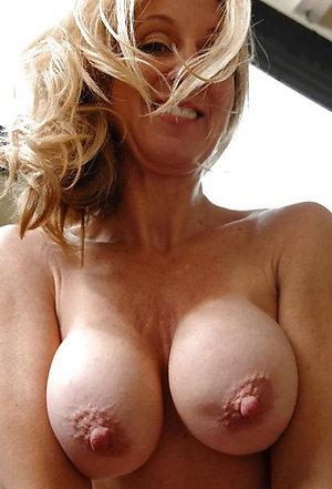 Hard puffy mature nipples sex photos