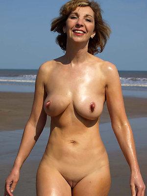Naked mature erect nipples amateur pics