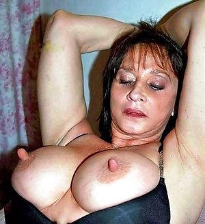 Natural hot mature large nipples