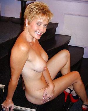 Naked amateur mature women nipples