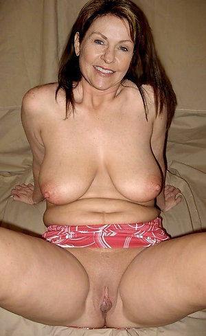 Gorgeous mature women with long nipples