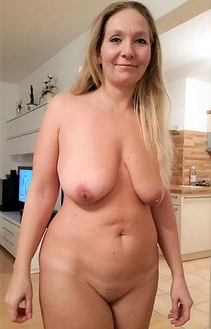 Slutty amateur milf porn pictures