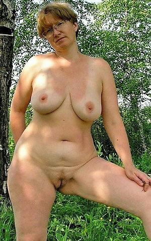 Beautiful mature big natural boobs
