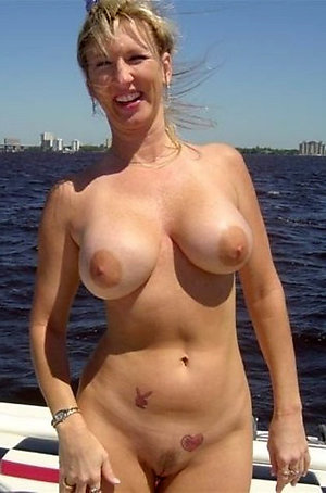 Crazy gorgeous women naked gallery
