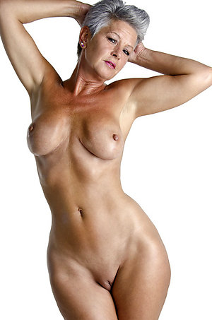 Nice Bibi naked mature pictures
