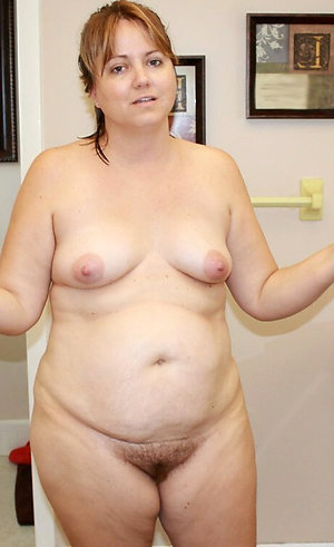 Naked horny old women sex pics