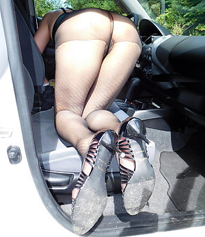 Xxx sexy mature women wearing pantyhose
