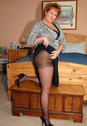 Sweeties mature pantyhose sex pictures