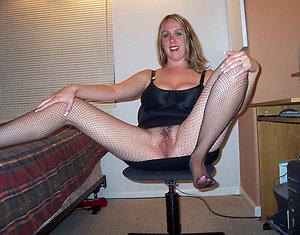 Hotties mature pantyhose porn photo