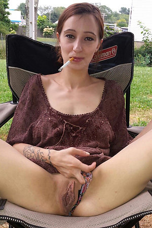 Pretty older women pussy sex pics