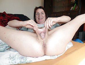 Wet old lady pussy pictures xxx
