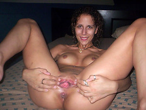 Nude mature mom pussy amateur pictures