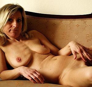 Amateur pics of mature saggy tits