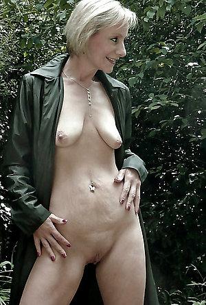 Xxx saggy tit matures porn pics
