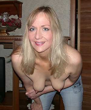 Crazy mature women saggy tits pictures