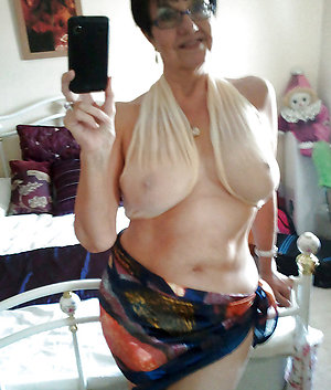 Nude just sexy selfies