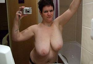 Hot women naked sexy selfies photos