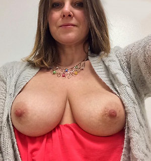 Selfshot sexy hot old women