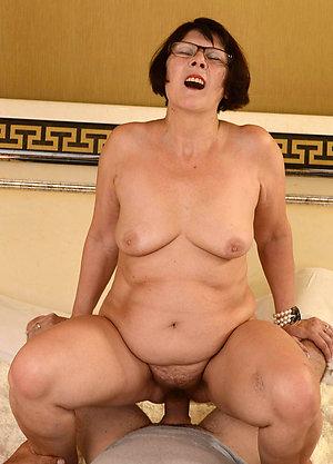 Xxx mature mom sex porn pics