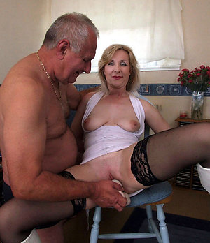 Sweet mature wife sex pictures
