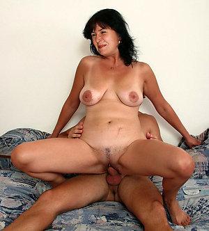 Homemade private mature oral sex