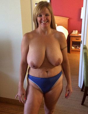 Porn pics of sexy women in granny panties